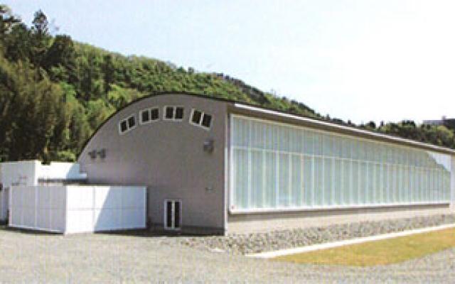 佐渡海洋深層水(株)「NISACO工場」